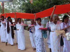 スリランカ最古の都 アヌラダープラ < 光輝くスリランカの旅 2日目 その2 >
