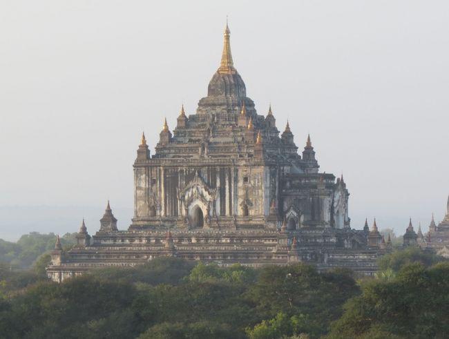 ミャンマーの旅(2)・・バガンの漆工房、マヌーハ寺院、タビィニュ寺院、シュエサンドー・パヤー、操り人形のショーを訪ねて