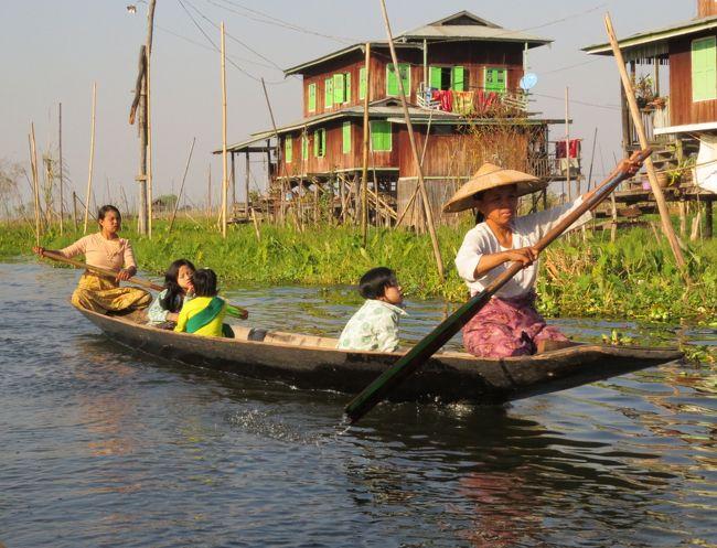 ミャンマーの旅(6)・・パダウン族(首長族)のお土産屋、インダー族の水上集落と浮島耕作地、ガーペ僧院を訪ねて