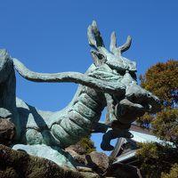 江ノ島にはいくつ神社があるのだろうか。辺津宮,中津宮,奥津宮。。。歴史ですかね。