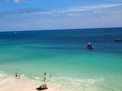 魅惑の国メキシコ一人旅(3)カリブ海を見下ろすトゥルム遺跡→カンクンのビーチで生ビール→日韓女子会 in カンクン