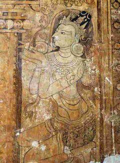 Myanmarひとりっぷ (24/ 25) バガン9 錠前をあけて入るバガンの珠玉タンブラ寺院