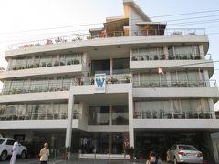 インド 「行った所・見た所」 デリーからジャイブールへ移動「ザ・ウォールストリート」に宿泊