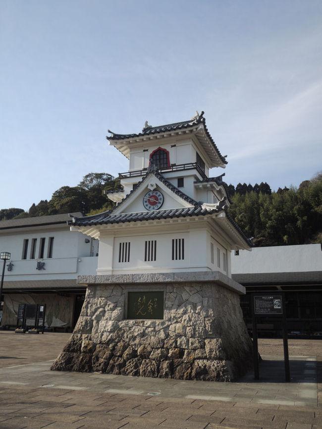 レンタカーで宮崎から熊本の人吉まで移動し、くま川鉄道に乗車しました。<br /><br />なお、このアルバムは、ガンまる日記:宮崎~熊本~福岡の旅(2)[http://marumi.tea-nifty.com/gammaru/2016/03/post-80fc.html]<br />とリンクしています。詳細については、そちらをご覧くだされば幸いです。