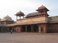 インド 「行った所・見た所」 アグラのファテープルシークリー観光