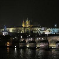 チェコとオーストリア7日間(ツアー1人参加)行って来ました。その②(2日目午後自由行動:プラハ城の夜景とサッカースタジアムめぐり)