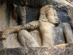 灼熱と豪雨、そして笑顔のスリランカ(3) アヌラーダプラのロック・テンプル イスルムニヤ精舎