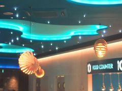 鴨川シーワールド5/8 レストラン「オーシャン」で昼食 ☆シャチの遊泳を見ながら