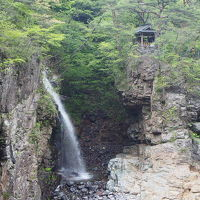 新緑を巡る旅、奥日光の滝めぐり