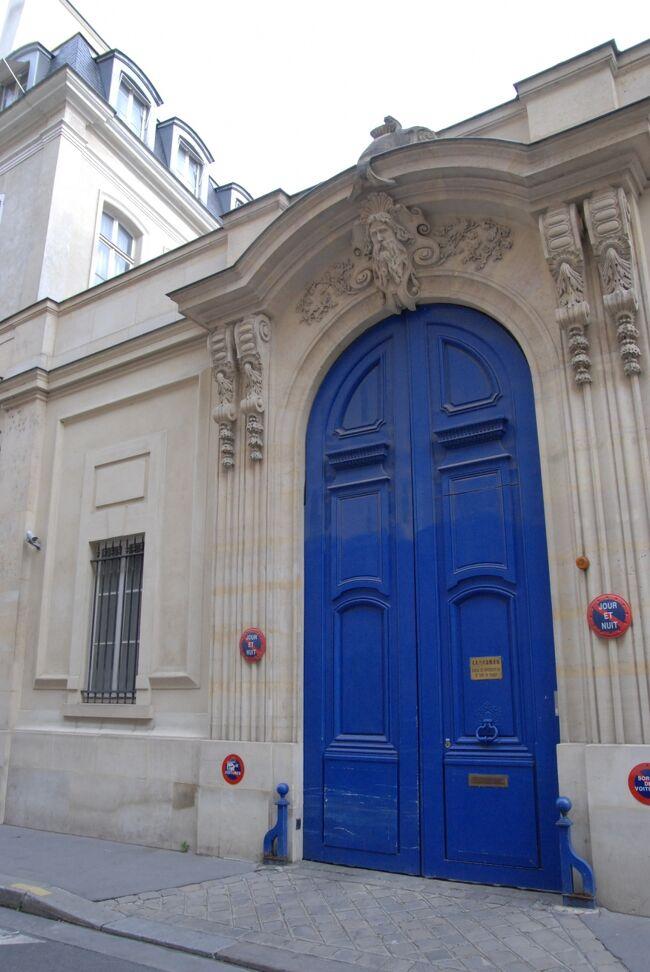 全ての場面が目に浮かぶくらい何回も何回も見ている大好きなドラマ『のだめカンタービレ』。<br />モンマルトルの丘で千秋が朝のランニングをしていた坂にふと気付き、パリには他にもロケ地がたくさんあるのでは?と思ったら訪ねてみたくなり・・・<br />パリ後半は『のだめ』のロケ地を巡りながら街歩きを楽しみました!