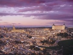 初めてスペインに行ってきました(2)1日しかないなら迷わずトレドへ行けと言われるように、確かに中世にタイムスリップしたような街だった