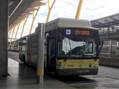 マドリッド バラハス空港と市内中心部を結ぶ空港バス(エクスプレス・アエロプルト)は、ターミナル4 始発