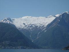HellaからDragsvikへのフェリーの旅。Balestrandへバスで行くにはこれしかないのかな。