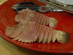 愛南町で、海の幸たっぷりの料理に舌鼓を打つ