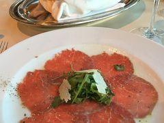 オーシャニア・リビエラ地中海クルーズvol.15 シェフに感謝!イタリア料理の「トスカーナ」そして、英国風のエレガントなライブラリー(^ ^r