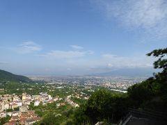 夏の優雅な南イタリア周遊旅行♪ Vol5(第2日) ☆Napoli→Ravello:ナポリからラヴェッロへ 絶景を眺めて♪