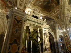 夏の優雅な南イタリア周遊旅行♪ Vol12(第2日) ☆Amalfi:アマルフィ大聖堂のキオストロ「天国の回廊」と豪華なクリプタ(地下教会)を優雅に鑑賞♪
