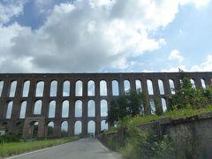 夏の優雅な南イタリア周遊旅行♪ Vol23(第3日) ☆Napoli→Sant'Agata dei Goti:中世時代の水道橋を眺めて♪