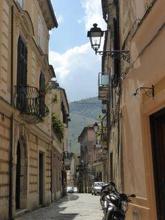 夏の優雅な南イタリア周遊旅行♪ Vol25(第3日) ☆Sant'Agata dei Goti:サンタガータ・ディ・ゴーティ旧市街を優雅に歩く♪