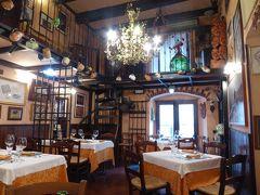 夏の優雅な南イタリア周遊旅行♪ Vol30(第3日) ☆Benevento:ベネヴェントの可愛らしいレストラン「Cotton Club」郷土料理を頂く♪