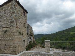 夏の優雅な南イタリア周遊旅行♪ Vol33(第3日) ☆Foiano di Val Foltore:小さな村「フォイアーノ・ディ・ヴァルフォルトーレ」 哀愁の帯びた廃墟の古城♪