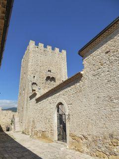 夏の優雅な南イタリア周遊旅行♪ Vol43(第4日) ☆Pietramontecorvino:美しき村「ピエトラモンテコルヴィーノ」の小さなお城「Vico Castello」(Palazzo Ducale)を鑑賞♪