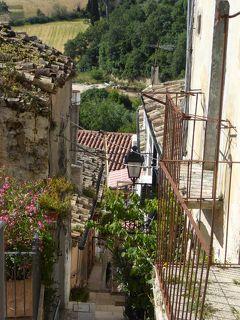 夏の優雅な南イタリア周遊旅行♪ Vol44(第4日) ☆Pietramontecorvino:美しき村「ピエトラモンテコルヴィーノ」旧市街をさまよい歩く♪