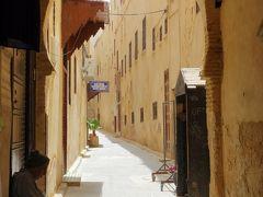 白い街に青い街、コルドバのパティオ祭りにフェズのリヤド巡り!雨のアンダルシアとプチ・モロッコ旅⑰(リヤド巡りとメディナ散策のフェズ後編)