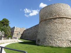 夏の優雅な南イタリア周遊旅行♪ Vol70(第5日) ☆Manfredonia:憧れのマンフレドニア城(Castello Svevo Angioino)を優雅に鑑賞♪