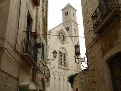 夏の優雅な南イタリア周遊旅行♪ Vol111(第7日) ☆Giovinazzo:ハチミツ色のジョヴィナッツォ旧市街を優雅にさまよい歩く♪