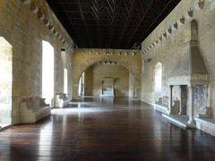 夏の優雅な南イタリア周遊旅行♪ Vol118(第7日) ☆Gioia del Colle:「ジョイア・デル・コッレ城」 昔を想いながら優雅に歩く♪