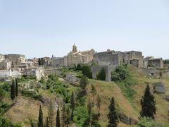 夏の優雅な南イタリア周遊旅行♪ Vol138(第8日) ☆Gravina in Puglia:リストランテ「Madonna della Stella」の美しい庭園からグラヴィーナの素晴らしいパノラマ♪