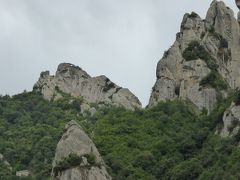 夏の優雅な南イタリア周遊旅行♪ Vol163(第9日) ☆Pietrapertosa→Castelmezzano:素晴らしい岩山を縫って走る♪