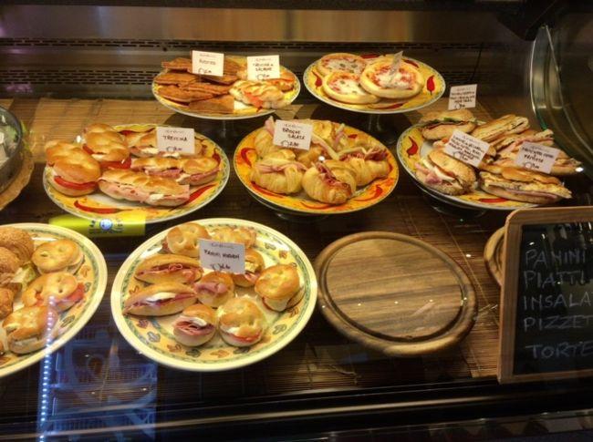 初めてのフィレンツェ~⑥7/19~7/20地元カフェで朝食して帰国の途へ☆アリタリア航空プレミアムエコノミー