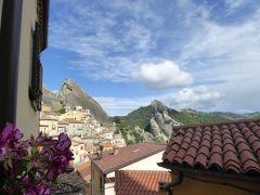 夏の優雅な南イタリア周遊旅行♪ Vol170(第9日) ☆Castelmezzano:美しき村「カステルメッツァーノ」 岩山から村へゆったりと歩く♪晴れた美しい景色♪