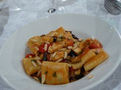 夏の優雅な南イタリア周遊旅行♪ Vol188(第10日) ☆Corigliano Calabro:ホテル「Relais Hotel Palazzo Castriota」のレストランでどんちゃん騒ぎのディナー♪