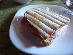 夏の優雅な南イタリア周遊旅行♪ Vol189(第11日) ☆Corigliano Calabro:ホテル「Relais Hotel Palazzo Castriota」の朝食は驚きもの♪
