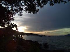 ウロウロ~4 サメット島1 バイク バンガロー