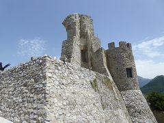 夏の優雅な南イタリア周遊旅行♪ Vol197(第11日) ☆Morano Calabro:廃墟の美しいモラーノ・カラブロ城を優雅に鑑賞♪