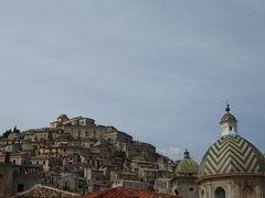 夏の優雅な南イタリア周遊旅行♪ Vol200(第11日) ☆Morano Calabro:美しき村「モラーノ・カラブロ」 円錐状の景観を眺めて♪