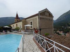 夏の優雅な南イタリア周遊旅行♪ Vol203(第11日) ☆Maratea:マラテーアのホテル「La Locanda Della Donna Monache」の美しいプールと庭園♪