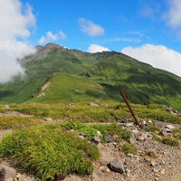 花の山 鳥海山でお花畑を巡る山旅  (鉾立~外輪山~新山~鉾立)