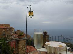 夏の優雅な南イタリア周遊旅行♪ Vol226(第12日) ☆Pisciotta:ピショッタのホテル「Marulivo Hotel」 パノラマテラスでアペリティフタイム♪