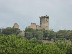 夏の優雅な南イタリア周遊旅行♪ Vol231(第13日) ☆Pisciotta→Acciaroli:美しい廃墟の古城を眺めながら♪