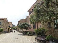 夏の優雅な南イタリア周遊旅行♪ Vol232(第13日) ☆Acciaroli:素敵な漁村「アッチャロリ」 優雅に歩く♪