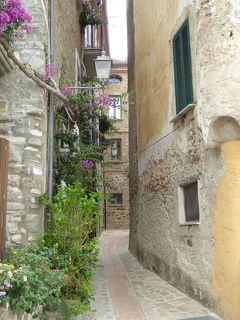 夏の優雅な南イタリア周遊旅行♪ Vol235(第13日) ☆Acciaroli:素敵な漁村「アッチャロリ」 カフェやショッピングを楽しむ♪