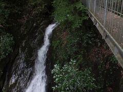 愛媛県の八十八の滝と九十九の淵とマイケル・ジャクソン