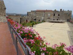 夏の優雅な南イタリア周遊旅行♪ Vol248(第13日) ☆Agropoli:美しいアグロポリ城「Castello di Angioino-Aragonese」 塔内や城壁内を優雅に歩く♪