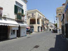 夏の優雅な南イタリア周遊旅行♪ Vol304(第16日) ☆Isola d'Ischia/Forio:夏のフォリオ 岬の教会へゆったりと歩く♪