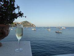 夏の優雅な南イタリア周遊旅行♪ Vol312(第16日) ☆Isola d'Ischia/S.Angelo:「Hotel Miramare Sea Resort」の優雅なアペリティフタイム♪